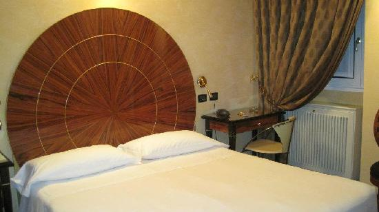 Hotel Gregoriana: Our room