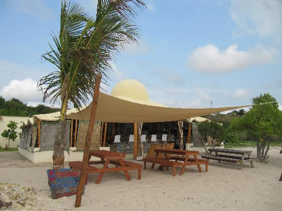 Casa Cabana Beach: The Bar/restaurant