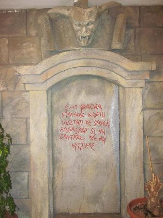 La Contele Dracula: bar