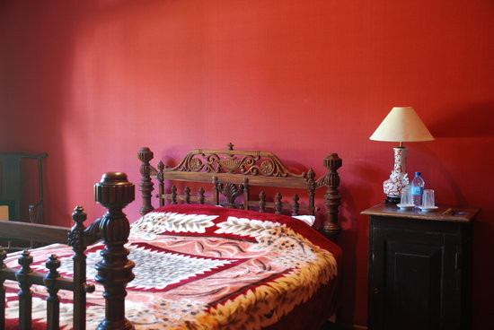Anilana Craigbank: Red room