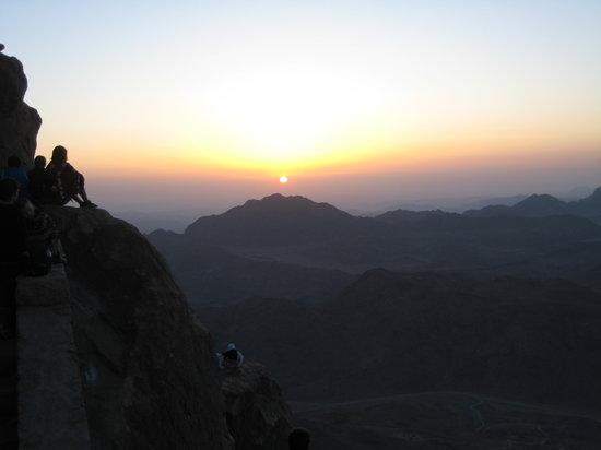 Mount Sinai: Sunrise over Sanai