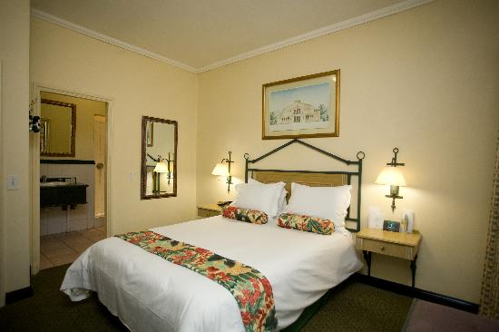 Courtyard Hotel Eastgate: Bedroom