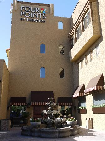 Four Points by Sheraton Tucson Airport: Esterno