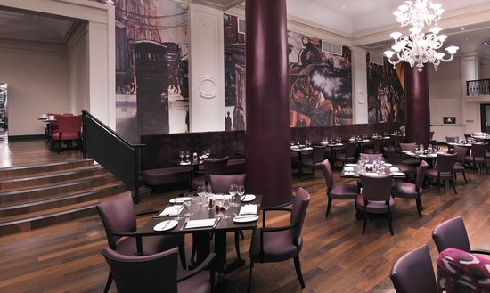 Tempus Bar & Restaurant at Grand Central Hotel