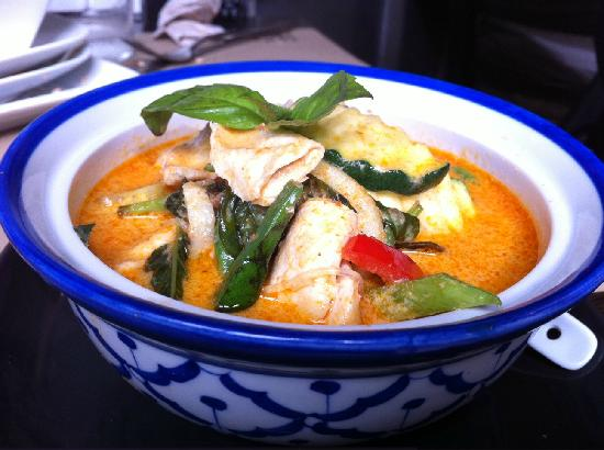 Bangkok Cafe: Chicken Thai curry