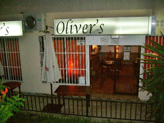 Oliver's With A Twist: olivers
