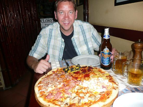 Good Morning Vietnam : Try the Pizza Fantastico !!!