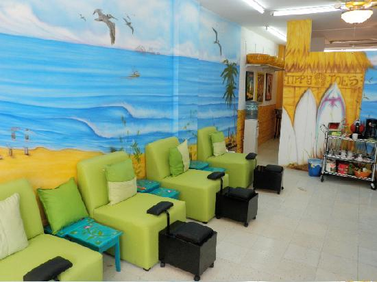 Fiesta Corner: Tippy Toes Salon and Spa for total pampering