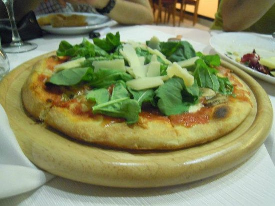 Trattoria Casalinga da Giordano: pizza della casa