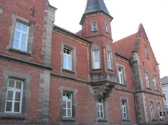 Caspar Aman Waisenhaus: 6