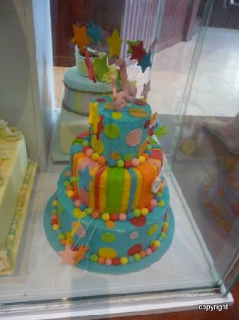 Bloom Cafe & Training Centre: Amazing cakes on display