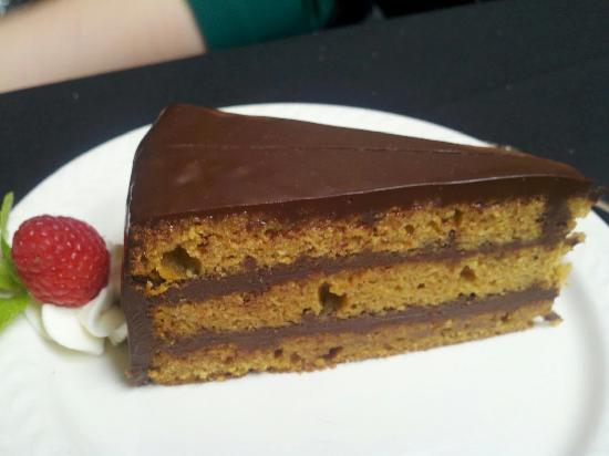 Mimosa Restaurant: Pumpkin Chocolate Torte