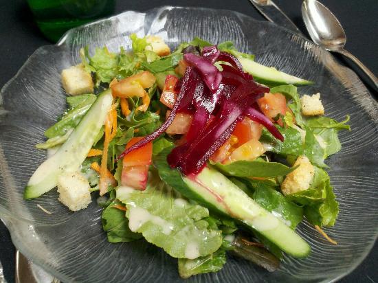 Mimosa Restaurant: Mimosa Salad