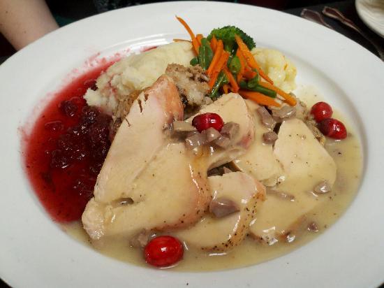 Mimosa Restaurant: Traditional Turkey Dinner
