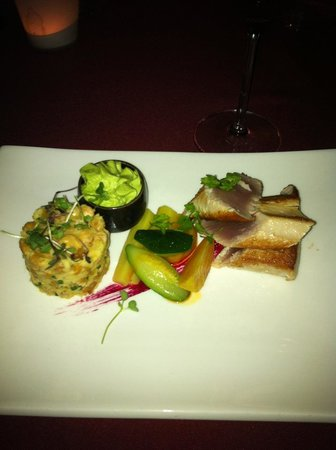 Rouge: Tuna main course