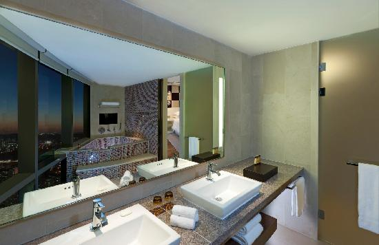 Sheraton Seoul D Cube City Hotel : Honeymoon Suite