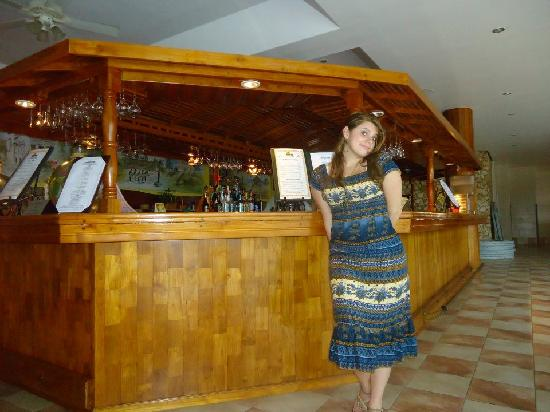 Black Rock, Tobago: bar