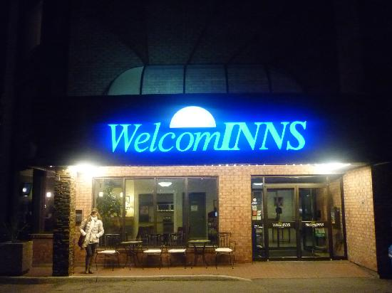 WelcomINNS: Hotel main entrance