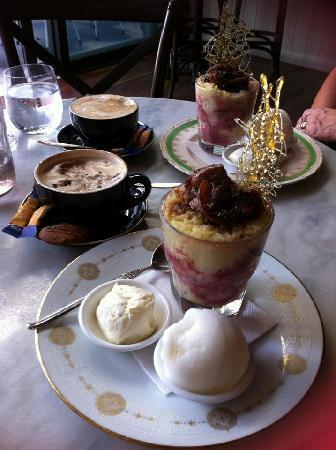 Bar Petite: Fig and Raspberry Pudding