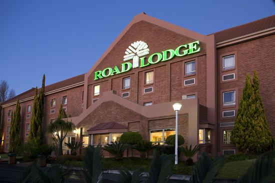 Road Lodge Randburg: Front of hotel