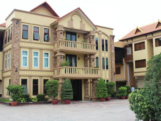 Sre Leap Hotel: hotel exterior