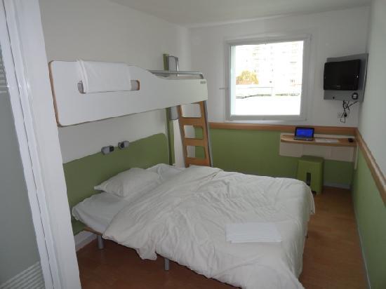 Ibis Budget Ulm City: Room
