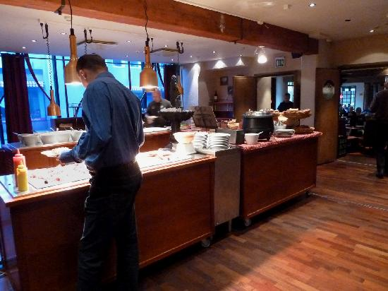 Original Sokos Hotel Valjus: Frühstücksbuffet