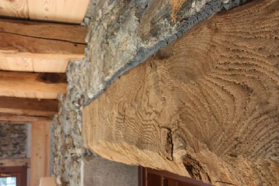 Barcala B&B: Dettaglio architettonico valsesiano