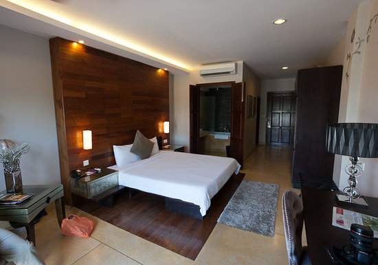 River 108 Boutique Hotel: Our spacious room.