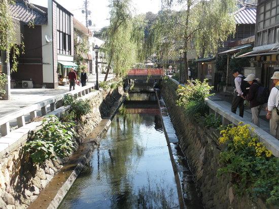 Shimoda, Japonia: 小川
