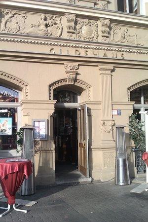 Paganini im Gildehaus: Eingang zum Restaurant