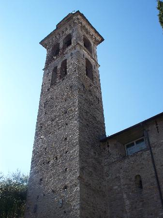 Chiesa di Santo Stefano (Oratorio dei Neri): la torre