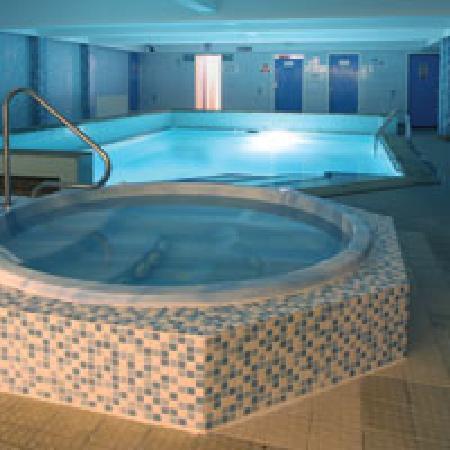 Doric Hotel: Jacuzzi