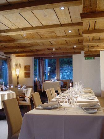 Fine dining restaurant at Hotel Caprice