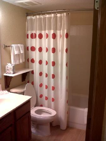 TownePlace Suites Miami Lakes: Bath