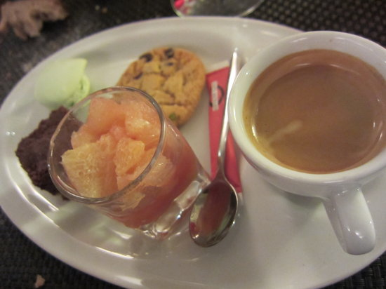 CONTRESENS: Cafe Gourmand