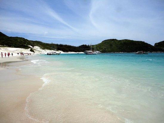 Prainhas do Pontal do Atalaia : praia do Farol
