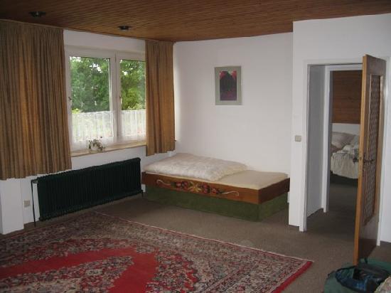 Akzent Hotel Zur Wasserburg : Typical Large Room