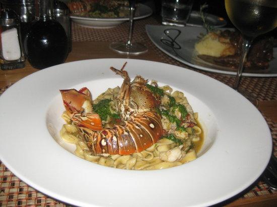Como Como Osteria Mediterranea: Lobster tagliatelle