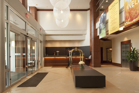 InterContinental Suites Hotel Cleveland: Lobby