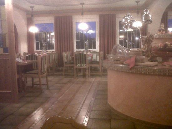 Hotel Pirsch : breakfast