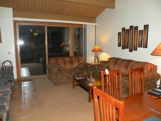 Junipine Resort: family room - unit #30