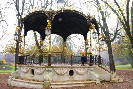 Residhome Privilege Nancy-Lorraine : Spaziergang durch den Park, zu empfehlen!