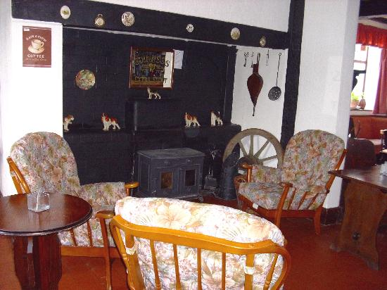 Llandysilio, UK: Relax in our Erco lounge