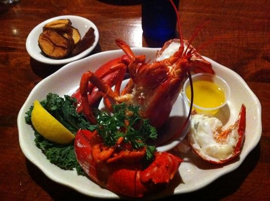 Topside Grill and Pub: great lobster and service!