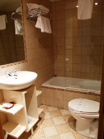 Hotel Hispania: bagno