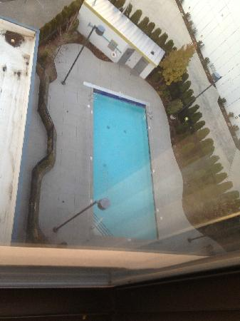 DoubleTree by Hilton Hotel Spokane City Center: looking straight down from 8 floors!