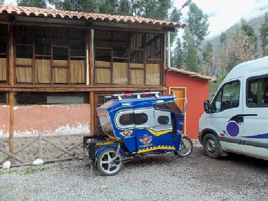 Ollantaytambo Lodge: Los taxis