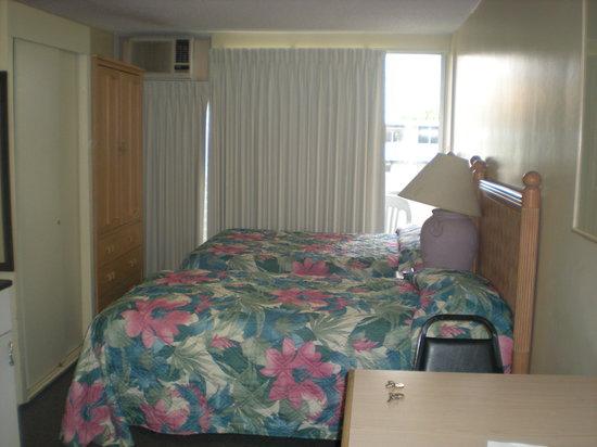 Waikiki Central Hotel: Blick Richtung Balkon