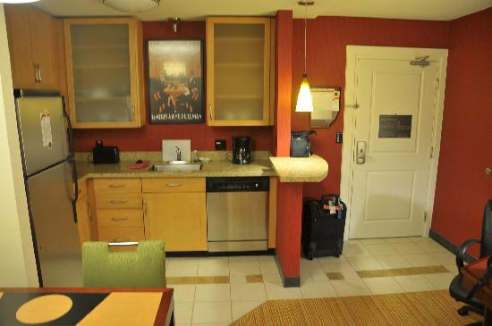 Residence Inn North Conway: Kitchen